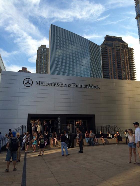 Street Style en la Mercedes-Benz Fashion Week de Nueva York