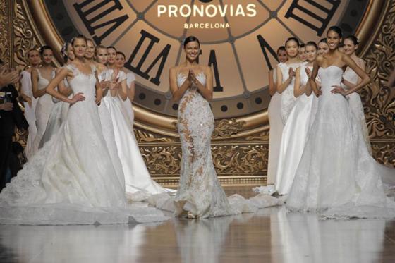 noticias_moda_pronovias_dedal_oro