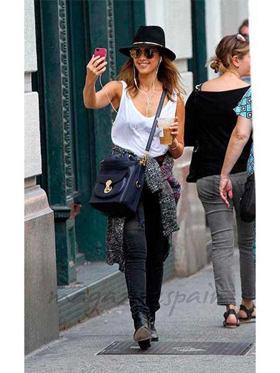 Jessica_alba_bolsos_celebrities