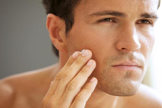 Fáciles tips de belleza masculinos, crema